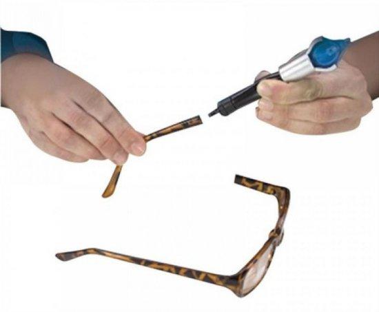 Горячий клей для ремонта очков